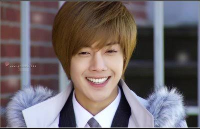 kim hyun joong に 投票 しよう 世界のスター人気投票ランキング
